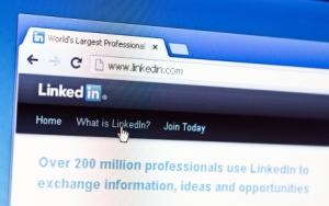 Customizing LinkedIn URL SEO